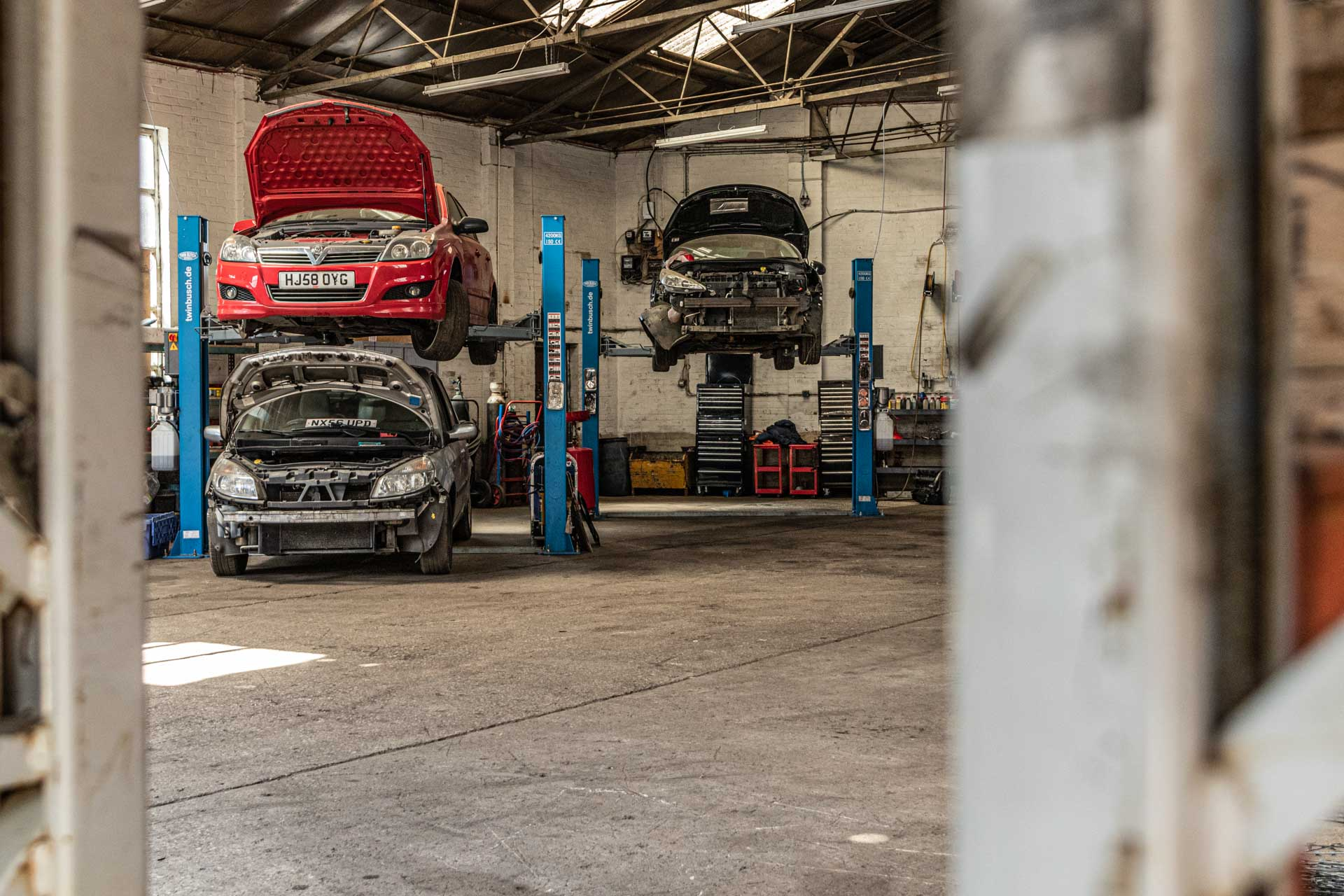 Car Servicing in Oldham   Minor and Major Servicing